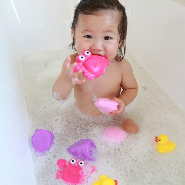 Floating-Sea-Friends-Pink-5